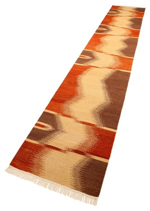 Indisk Kelim, 409 x 80 cm. - Dk, Esbjerg, Oddesundvej - Indisk Kelim. Håndknyttet løber udført af uld på bomuldsbund. Mål ca. 409 x 80 cm. - Dk, Esbjerg, Oddesundvej