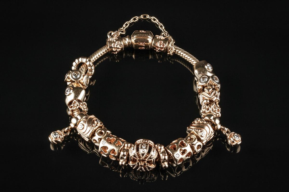 pandora guld armbånd