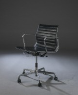 Charles Eames. Office chair, model EA-119