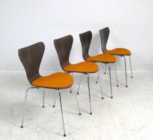 vara 3409779 arne jacobsen st hle modell 3107 f r fritz. Black Bedroom Furniture Sets. Home Design Ideas
