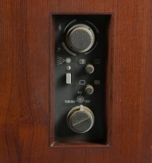 bang olufsen grand prix stereom bel. Black Bedroom Furniture Sets. Home Design Ideas