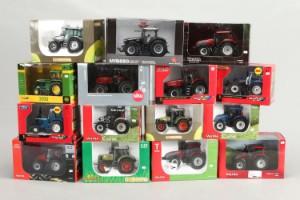 Modeltraktor salg