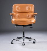 Charles Eames. Office chair, Time-Life Lobby Chair, patinated cognac leather