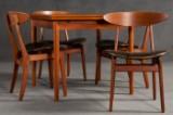Wilhelm Wohlert: Set of four chairs model 402 in teak for Søborg Møbelfabrik, plus teak dining table (5)