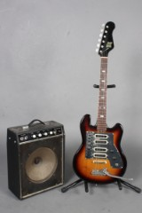 KENT elguitar samt Teisco TS 10 Solid State Transistor forstærker. (2)