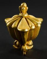 Wohl Pierre Casenove, kleine Deckeldose, vergoldete Bronze
