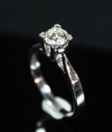 Ring, 18K white gold with diamond, 0.55 ct.