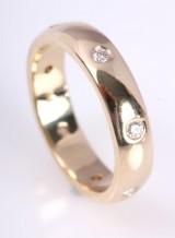 Diamond earrings, 14 kt. gold, 0.21 ct.