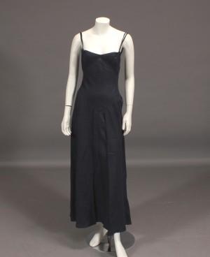 f23d9935ceb Slutpris för Armani - hør kjole str.