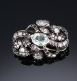 Fransk aquamarin- og diamantbroche af 18 kt. guld og sølv. 1800-tallet
