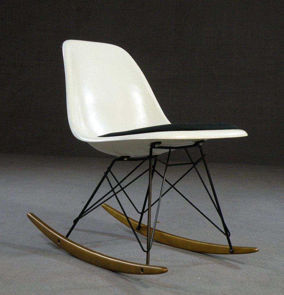 Ray Charles Eames Schaukelstuhl Rocker RSR