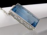 Santa Maria aquamarine necklace, platinum