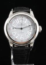 Officina Del Tempo automatic calendar wristwatch