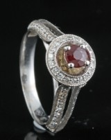 18kt diamond and ruby ring approx. 0.50ct <br>