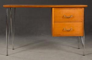 Auktionstipset JOSEF FRANK Skrivbord, modell 1022, Firma