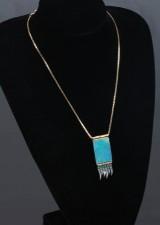 Halskæde med vedhæmng af 18 kt. guld med opal, mm