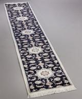 Persisk Nain løber med silke, 300 x 58 cm.