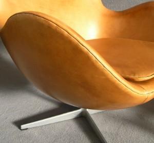 m bel arne jacobsen egg chair mit kippmechanik und hocker 2 de hamburg. Black Bedroom Furniture Sets. Home Design Ideas