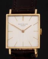 Patek Philippe. Vintage men's watch in 18 kt. gold square case, c. 1963