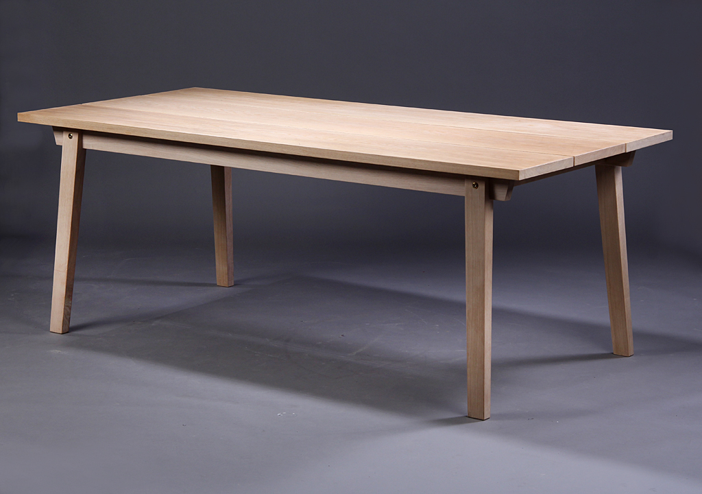 Auktionstipset - Normann Copenhagen, Slice bord, eg. 90 x 200 cm.