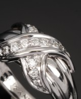 Tiffany & Co. Brillant lillefingerring af 18 kt, i alt ca. 0.37 ct. 1990