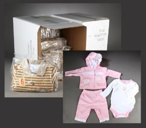 Nanette. Par kasser med baby-/børnetøj (35) - Dk, Vejle, Dandyvej - Par kasser med baby-/børnetøj af mrk. Nanette. 15 sæt drengetøj til børn på ca. 6-12 mdr. Pigetøj: 7 sæt forår/efterår 3/6-6/9 mdr. 8 sæt sommer tøj 3/6-6/9 mdr. 5 sæt jogging sommertøj 3/6-6/9 mdr. Fremstår nyt og ubr - Dk, Vejle, Dandyvej