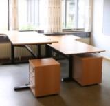 Dansk møbelproducent, fem hæve- sænkeborde (5)