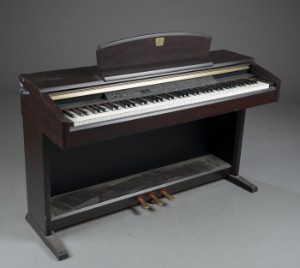 Yamaha clavinova clp 840 digital piano for Yamaha clp 840