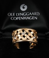 Ole Lynggaard. Ring, 'Fletring', 14 kt. gold with diamonds