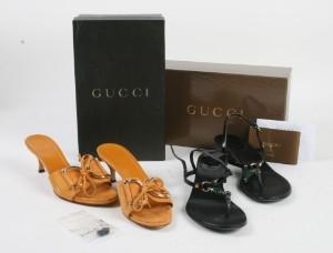 9f76bd4ded73 To par Gucci sandaler i org. kasser 2