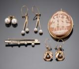 Samling smykker af guld (8)