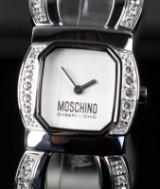 Moschino. Damearmbåndsur