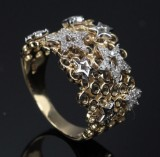 Star ring from Heartbeats, approx. 0.25 ct.