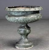 Opsats af grønpatineret bronze