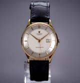 Vintage Universal 'Monodate' men's watch, 18 kt. gold, Pie-Pan dial, 1950's-1960's