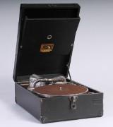 Resegrammofon, His Master's Voice, 1900-talets första hälft