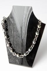 Gellner, a necklace, cultured Tahiti pearls, brilliant cut diamonds, white gold, black rhodinized