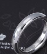 Ole Lynggaard. Klassisk ring af 14 kt. blankpoleret hvidguld. Vægt ca. 8,4 g. Ringstr. 53/17
