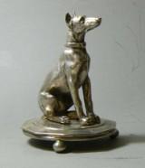 Sølv figur av hund. Yuri Rapaport 1859. Stemplet