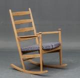 Dansk møbelproducent. Gyngestol af bøgetræ