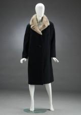 Frakke af uld samt mink, str. 42