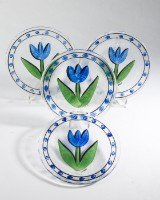 Ulrica Hydman-Vallien für Kosta Boda, vier Teller Modell Tulipa, OVP (4)