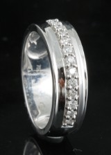 Diamond ring, 18kt. white gold, approx. 0.18ct