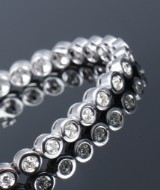 Tennis bracelet, 18 kt. white gold, total approx. 2.50 ct.