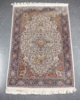 Orientalsk tæppe 126 x 190 cm.
