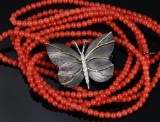 Ole Lynggaard. Katrine butterfly clasp, partially oxidized 18 kt. gold, with coral necklace (2)