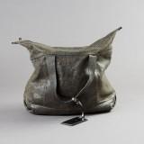 Brunello Cucinelli handväska i grått präglat skinn