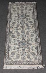 Persisk Nain tæppe, uld på bomuld, 260 x 84 cm.