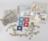 Samling silvermynt samt sedlar, ca 900 gram