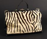 Håndtaske, sort skind med zebramønster